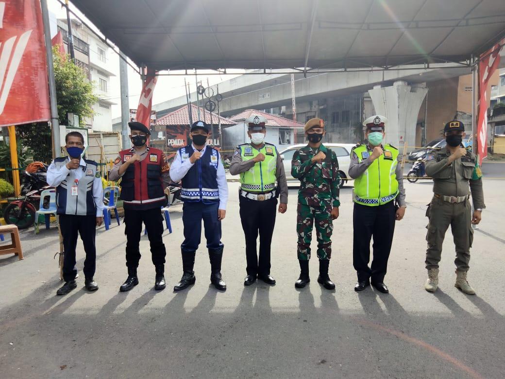 Penjagaan PPKM LEVEL 4 Jl. asia - Jl. Pandu