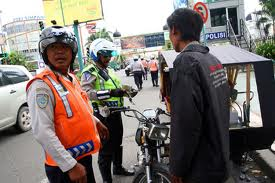 Dishub Dan Polisi Razia Ranmor